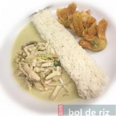 Bento poulet au curry vert Thaï très épicé et ses raviolis